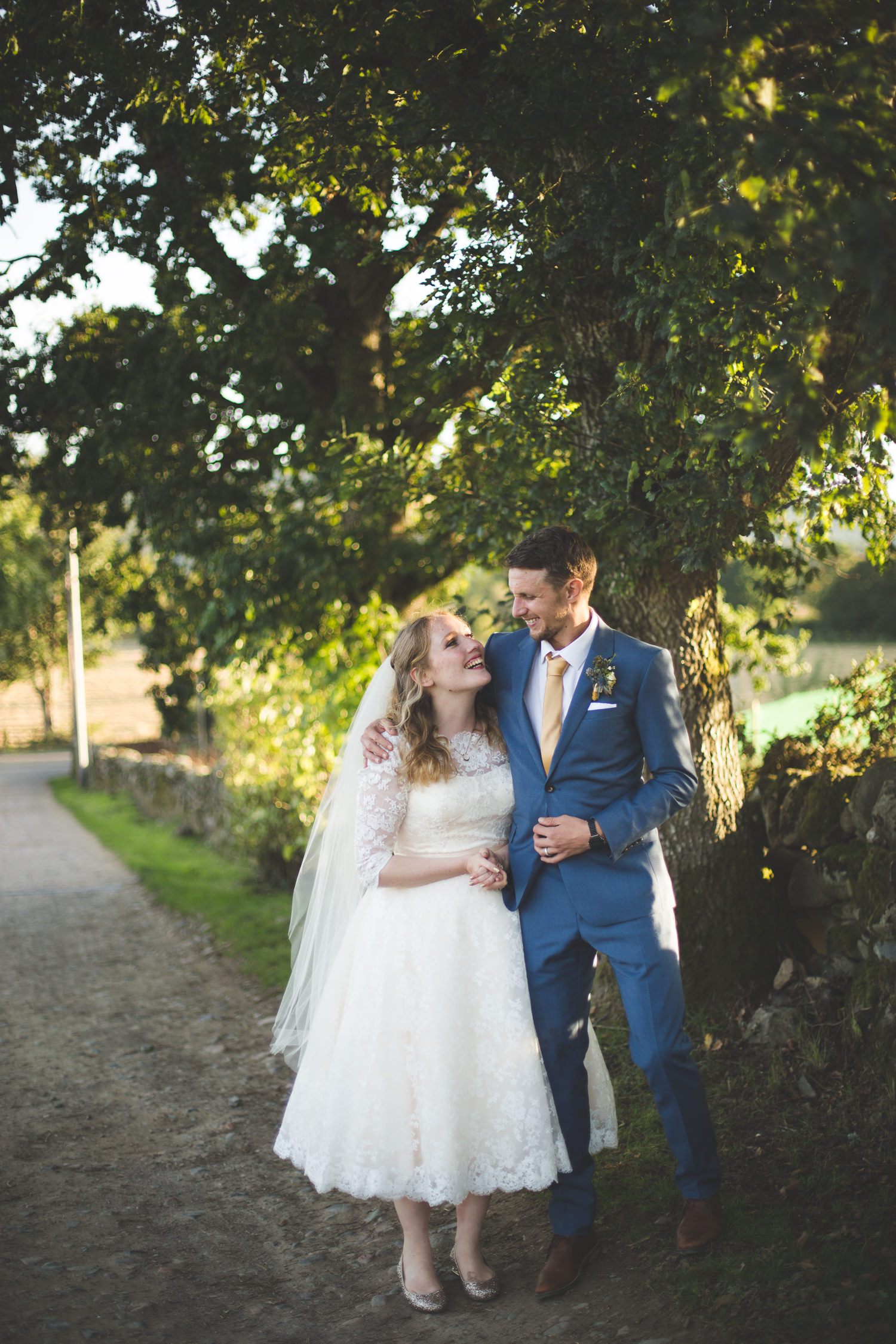 alternative-relaxed-comrie-croft-wedding-124