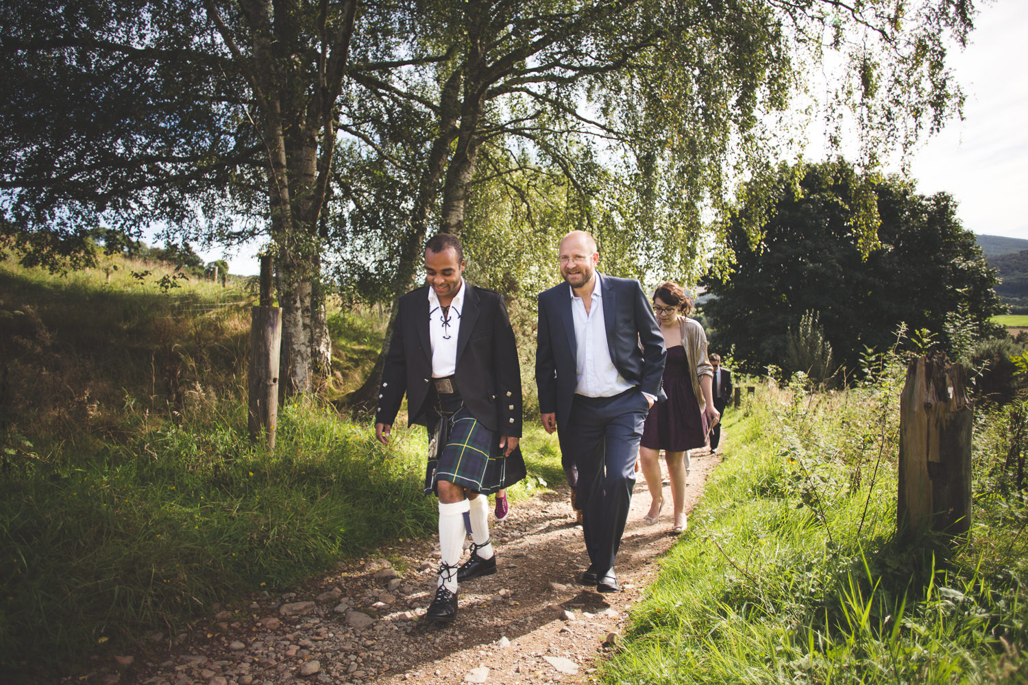 alternative-relaxed-comrie-croft-wedding-24