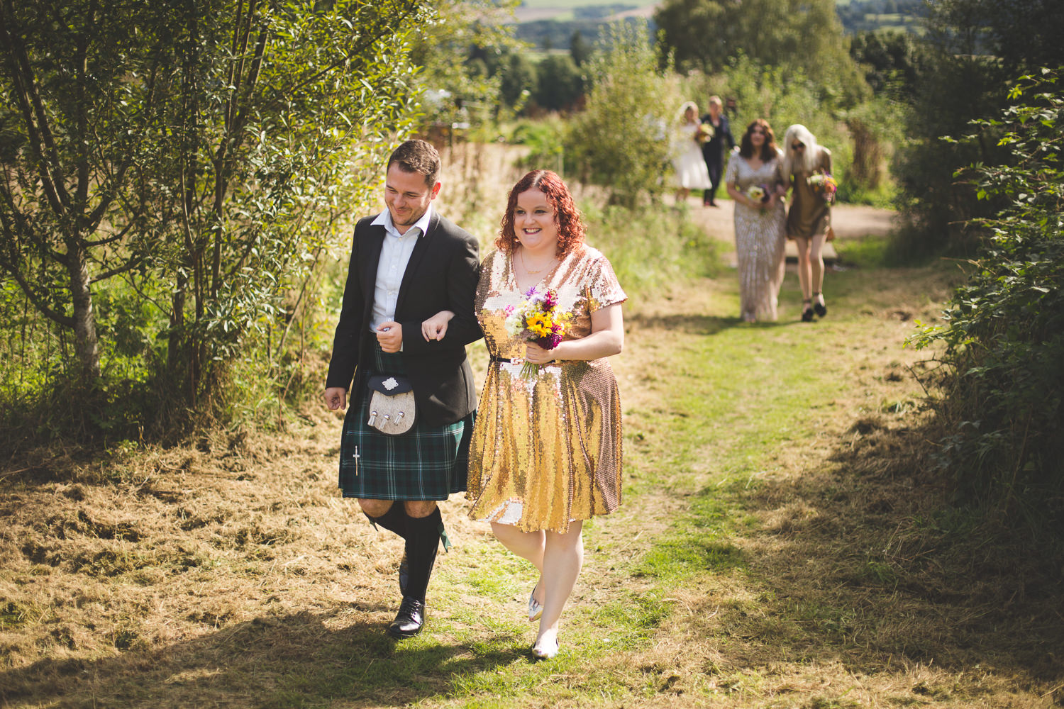 alternative-relaxed-comrie-croft-wedding-42