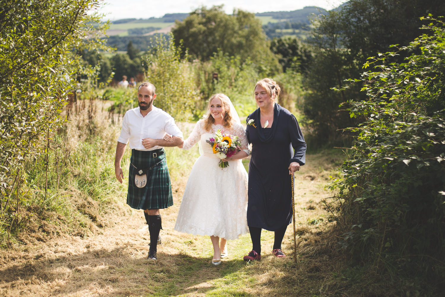 alternative-relaxed-comrie-croft-wedding-43