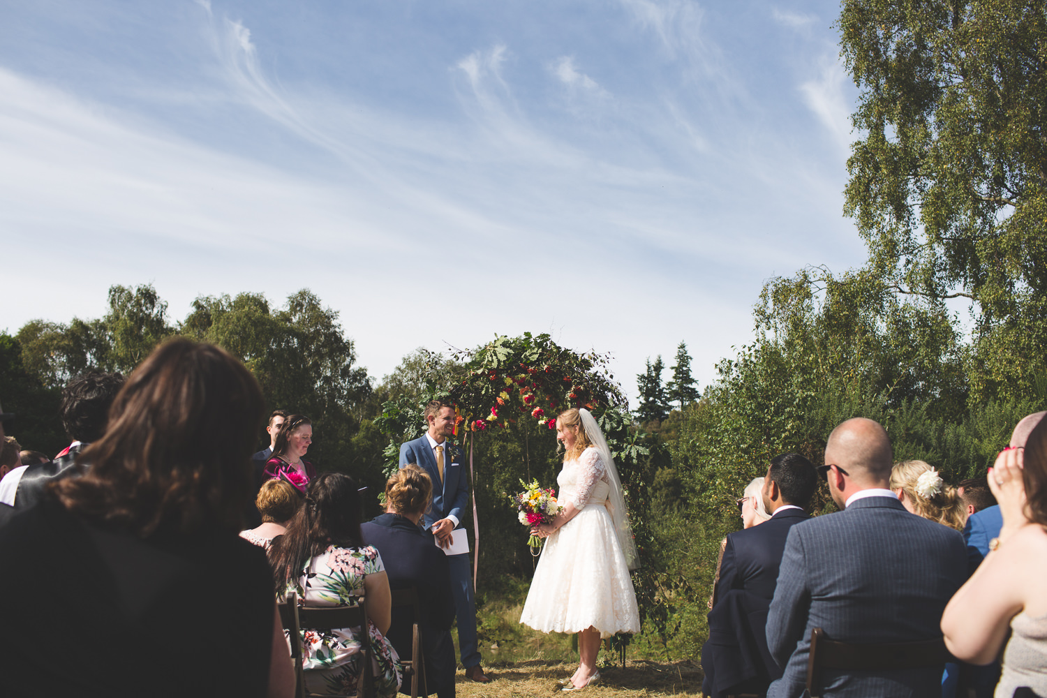 alternative-relaxed-comrie-croft-wedding-46