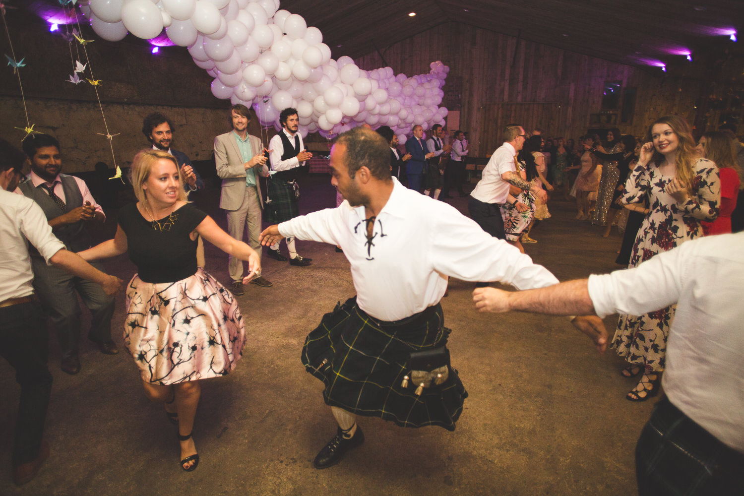 alternative-relaxed-comrie-croft-wedding-144