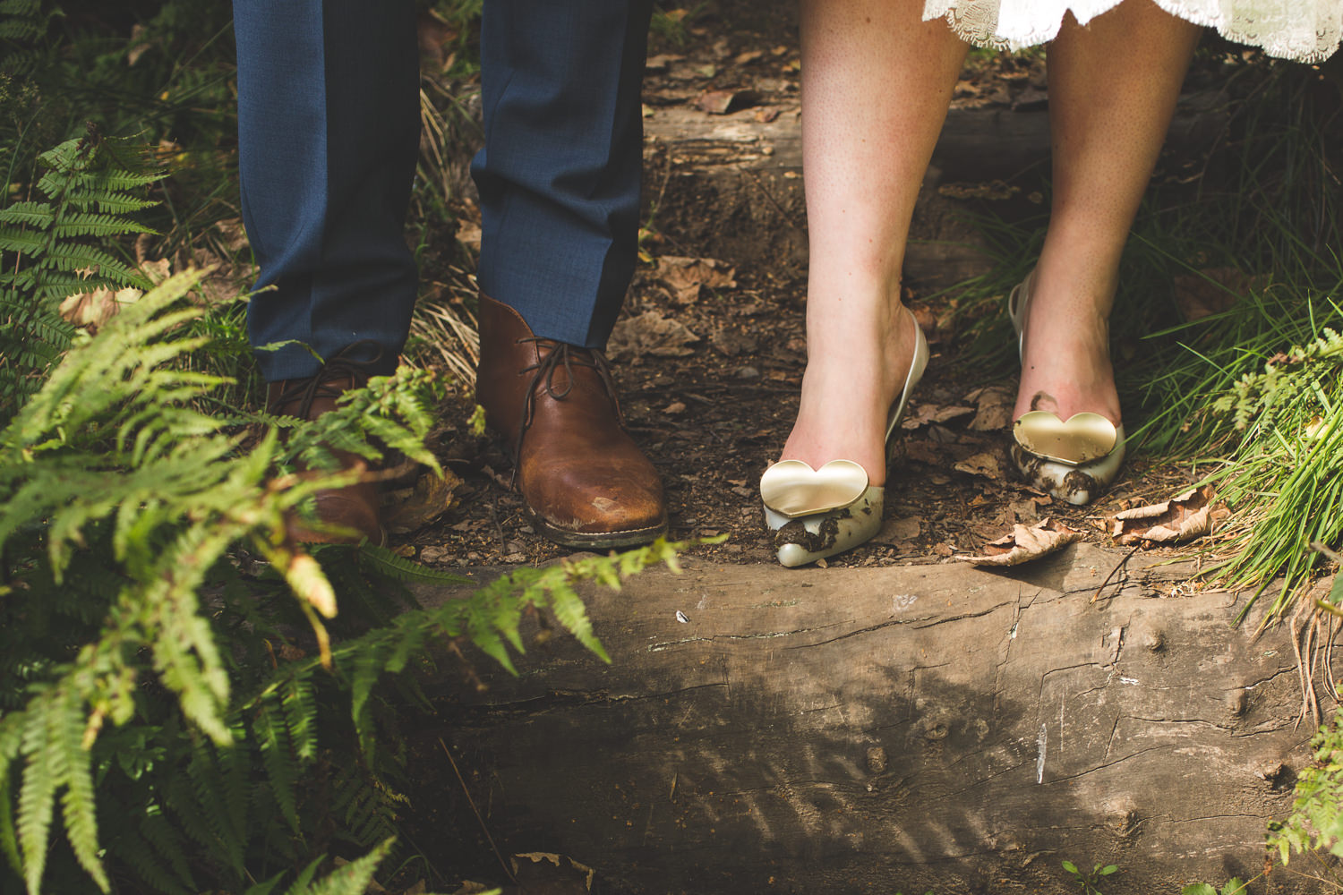 alternative-relaxed-comrie-croft-wedding-77