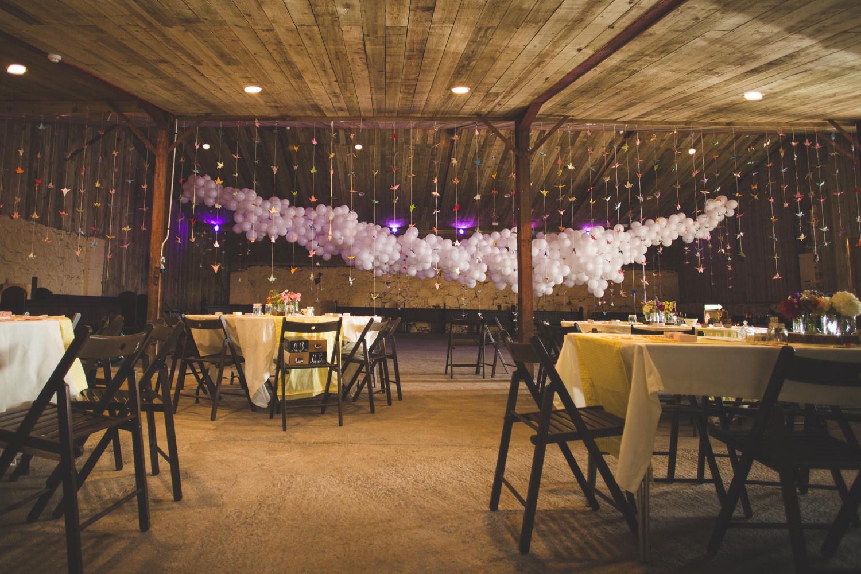 alternative-relaxed-comrie-croft-wedding-82