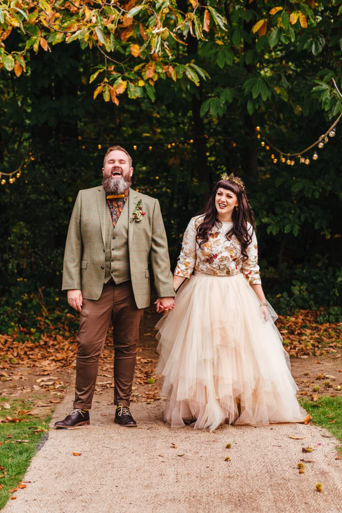 alternative and quirky wedding outfits at the dreys wedding photography
