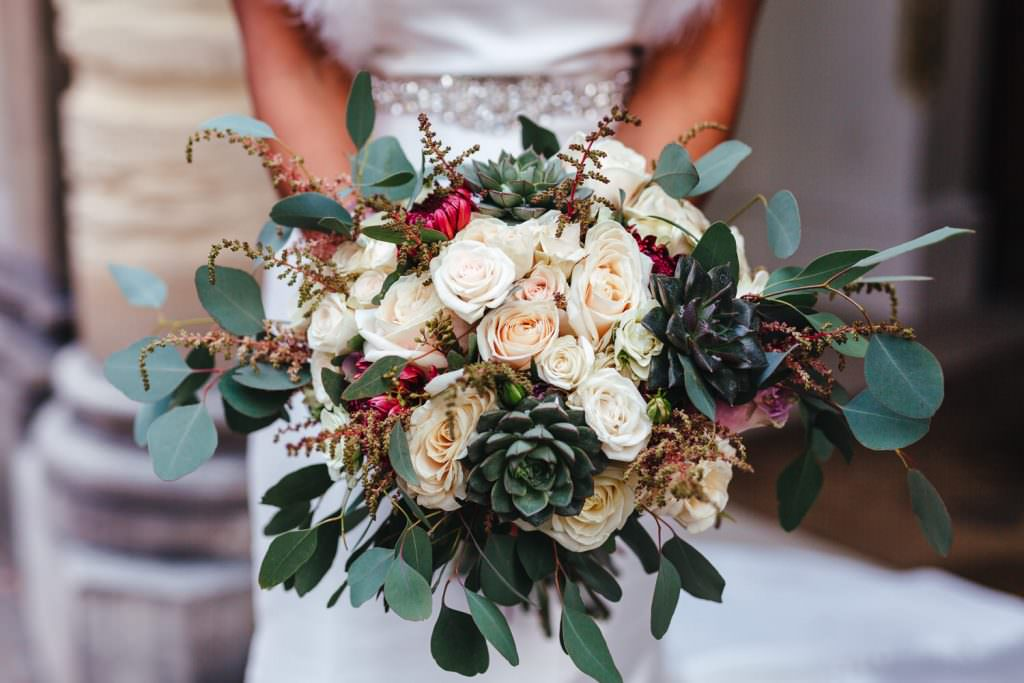 Old Finsbury Town Hall Wedding Photographer winter bouquet