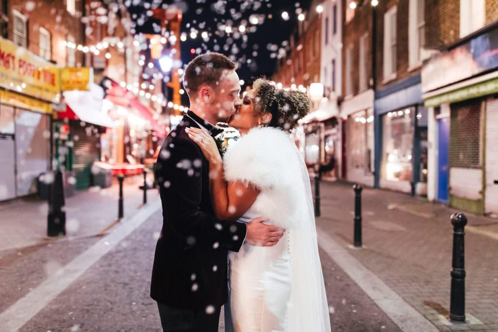 Old Finsbury Town Hall Wedding Photographer winter wedding